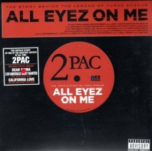ALL EYES ON ME パンフレット