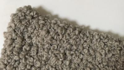 帽子を編みました〜(●´ω`●) このまま横長で被るとモコモコ羊🐏縦に被ると鉄腕アトムに変身できるよ!