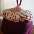 帽子を編みます